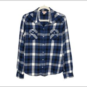 Mossimo Supply Co. Plaid Flannel Button Down Shirt